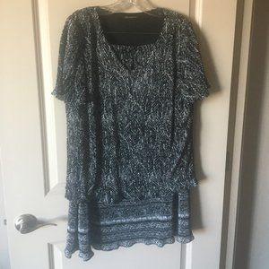 Courtenay Black & White Top & Skirt Set SZ 14W